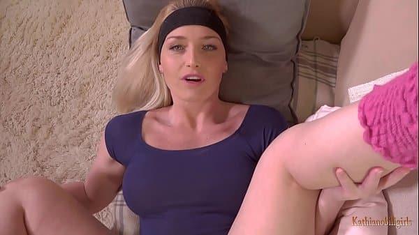 Jebanie blondynki nauczycielki, która uczy aerobiku