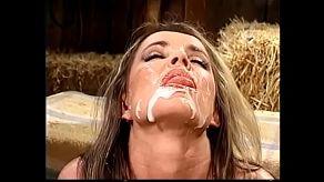Film porno vintage z Envy wypełniony wytryskiem na twarz